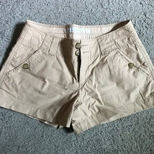 Old Navy khaki shorts, new without tags